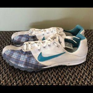 Woman's Nike Track & Field shoes like new!